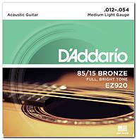 Струни для акустичної гітари d'addario EZ920 BRONZE MEDIUM LIGHT 12-54 (бронза)