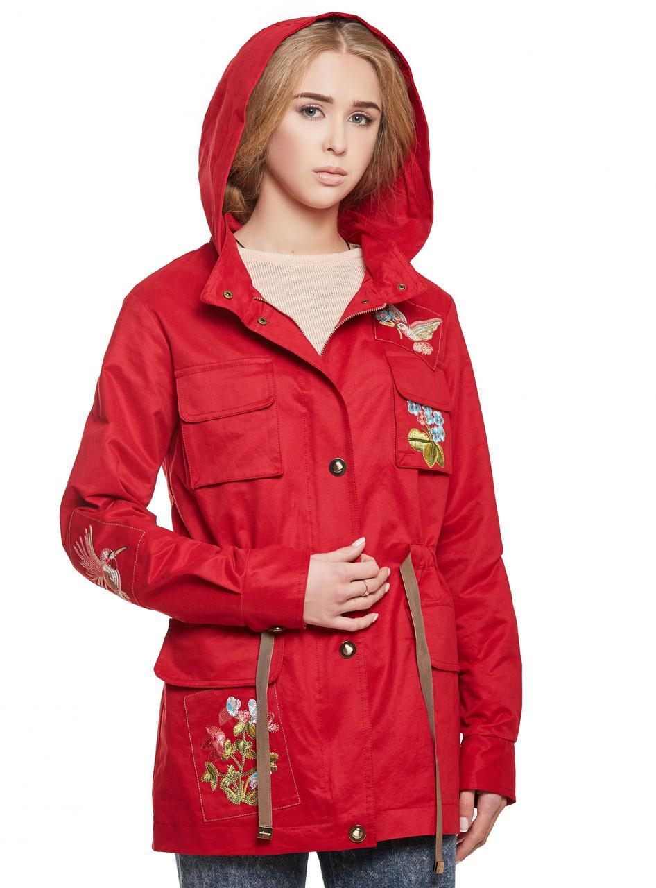 Красная парка осенняя женская куртка демисезонная