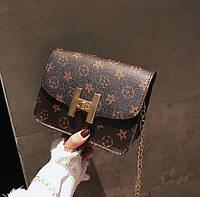 Удобная кожаная милая сумка сундучок на цепочке под бренд Поместит в себя все самое необходимое Код: КГ5922, фото 1