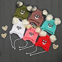 Детская зимняя вязанная шапочка на завязочках Мишка, 6 месяцев+