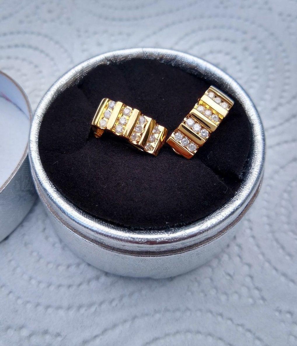 Золотые серьги б/у с бриллиантами 0.5 карата  .Проба 14К