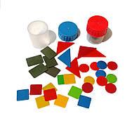 Набор геометрических фигур в пластиковой баночке