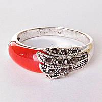 Кольцо под капельное серебро красная вставка р-р 17-19