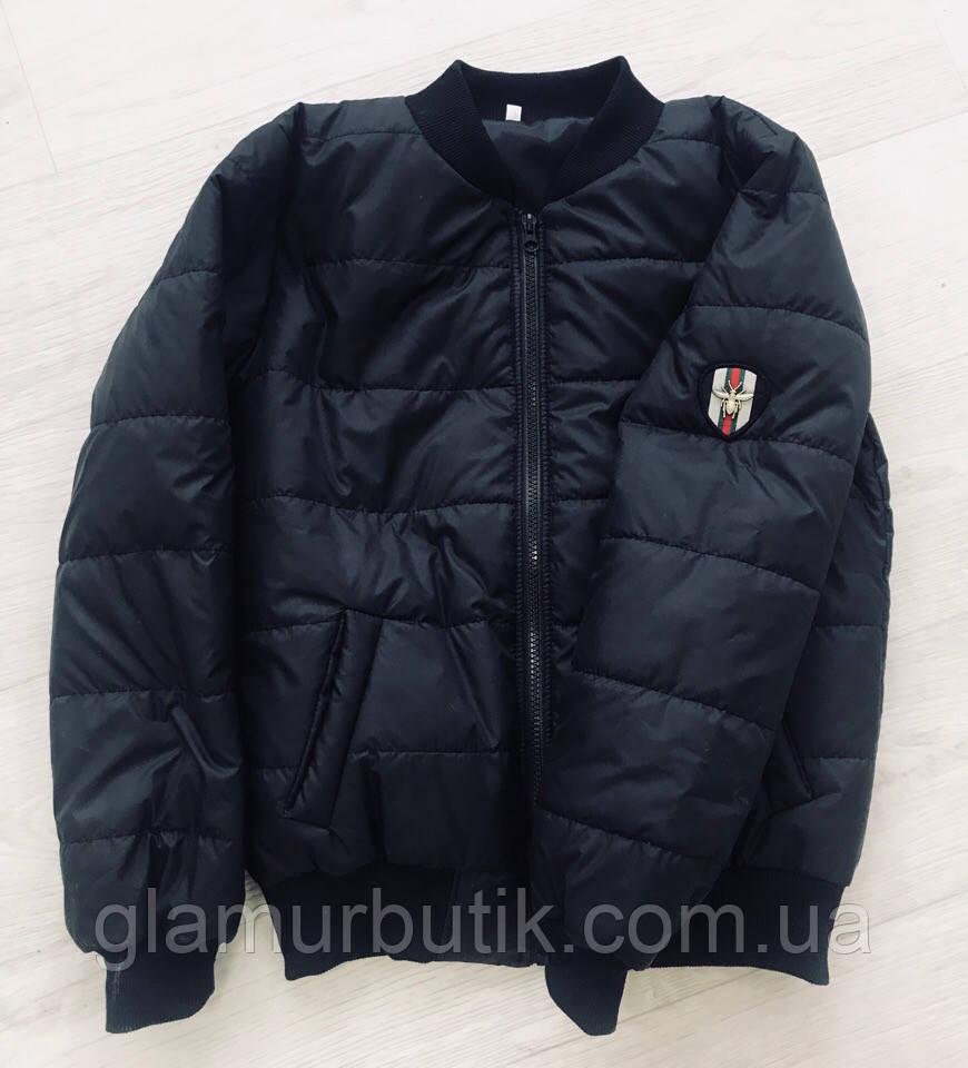 4e0c6b4ef0f Женская стильная куртка бомбер Gucci с нашивкой шевроном пчела и карманами  чёрная S-M L-XL