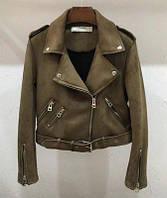 Женская замшевая куртка косуха хаки (зеленая), фото 1