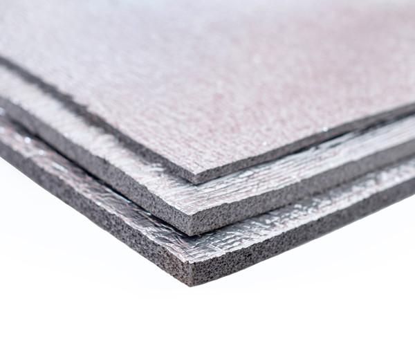 Химически сшитый пенополиэтилен, т. 5 мм,  фольгирован алюминиевой фольгой, самоклейка 30 гр/м2, TERMOIZOL®