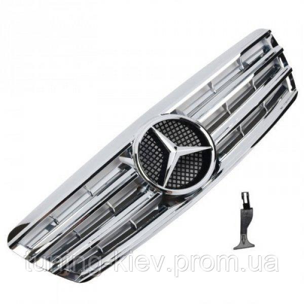 Решетка радиатора Mercedes C-Class W203 в стиле AMG серебряный металлик с оригинальной звездой 3 полоски