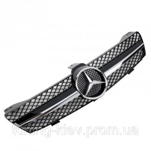 Решетка радиатора Mercedes W219 CLS стиль AMG черная с хром полосой