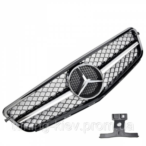 Решетка с эмблемой Mercedes W204 стиль C63 AMG black/chrome