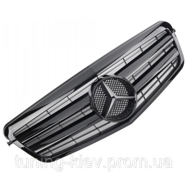 Решетка радиатора Mercedes W212 глянцевая с черной звездой