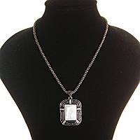 """Кулон на цепочке Перламутр """"картина в рамке """"крупный темно серый металл оправа прямоугольная полосы со стразами"""