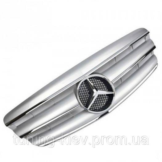 Решетка Mercedes W221 стиль AMG серебряная с хром полосками