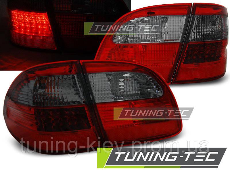 Задние фонари MERCEDES W211 WAGON E-KLASA 02-06 RED SMOKE LED