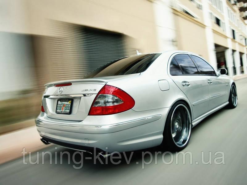 Спойлер Mercedes E W211 копия AMG стекловолокно