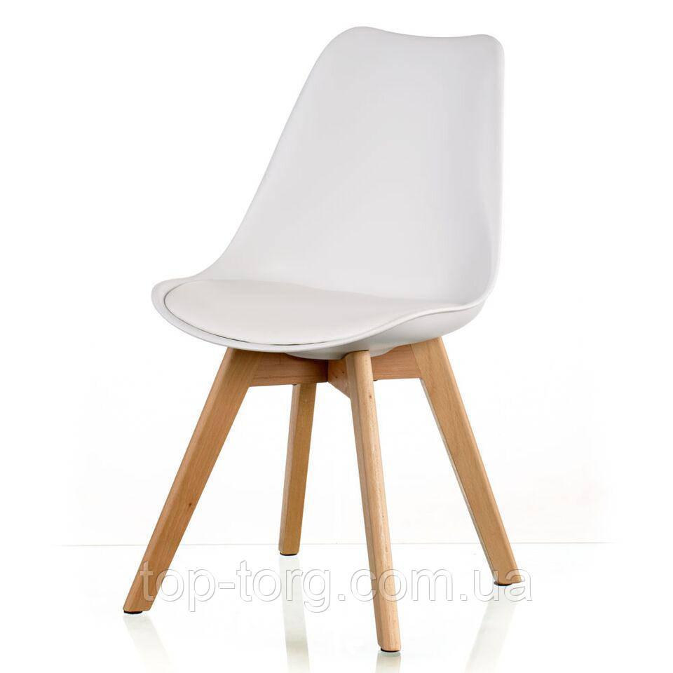 Стул Sedia white белый пластиковый с мягким сиденьем, деревянными ножками