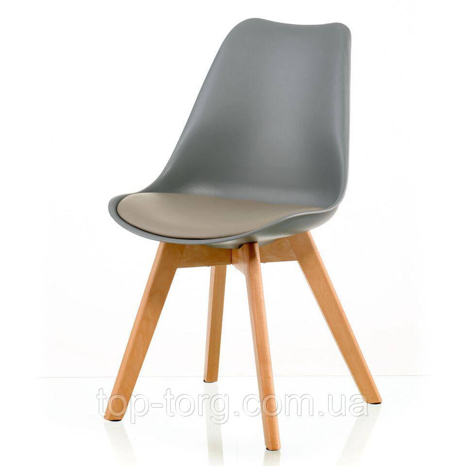 Стул Sedia grey серый пластиковый с мягким сиденьем, деревянными ножками