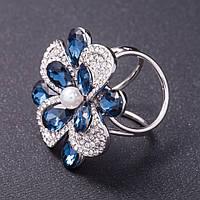 """Держатель для косынок """"Цветок"""" синие кристаллы, стразы цвет металла серебро d- 3,5см"""