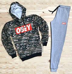 Костюм спортивный Obey камуфляжно-серый топ реплика