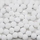 Помпоны  белого цвета, малые  15 мм (Польша), упаковка 10 шт, фото 3
