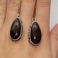 Серьги с черным ониксом. Красивые серьги с камнем черный оникс в серебре, фото 1