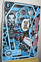 Кукла Monster High Frankie Stein Basic Монстер Хай Френки Штейн с питомцем выпуск 2010 года