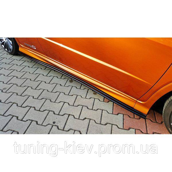 Накладки на пороги Honda Civic VIII type S/R