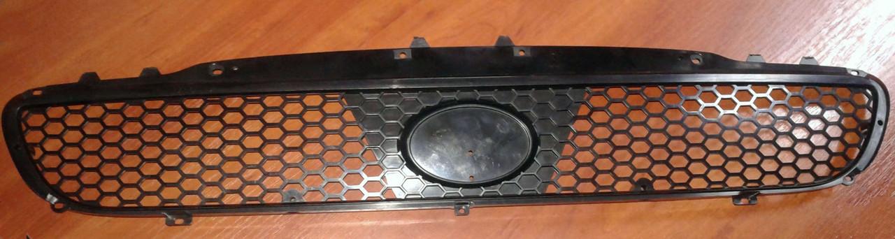 Решетка радиатора Ланос нового образца (без наружн. хрома), 96303229