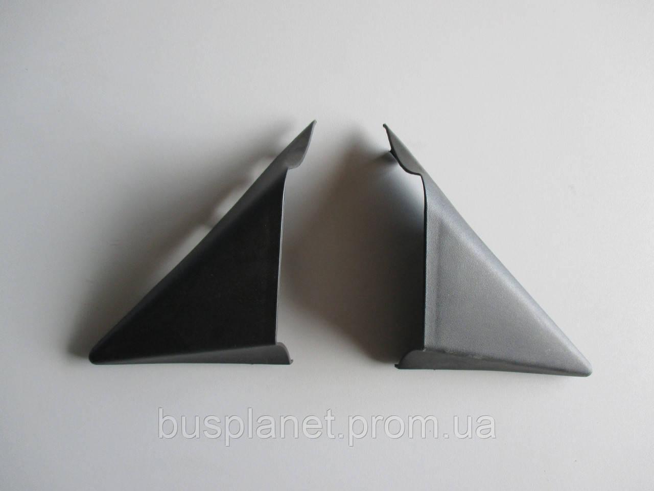 Накладка зеркала наружная (левая)