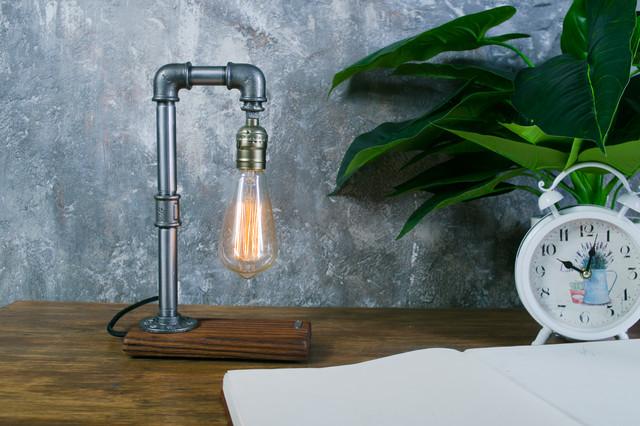 Настольная лампа  стиле лофт T_17