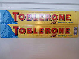 Шоколад Toblerone Crunchy almonds 100г