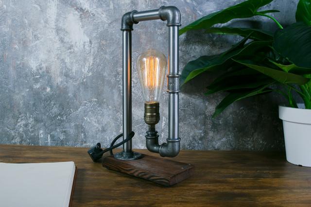 Настольная лампа  стиле лофт T_19