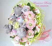 Букет з цукерок Рафаелло і іграшки коханій дівчині