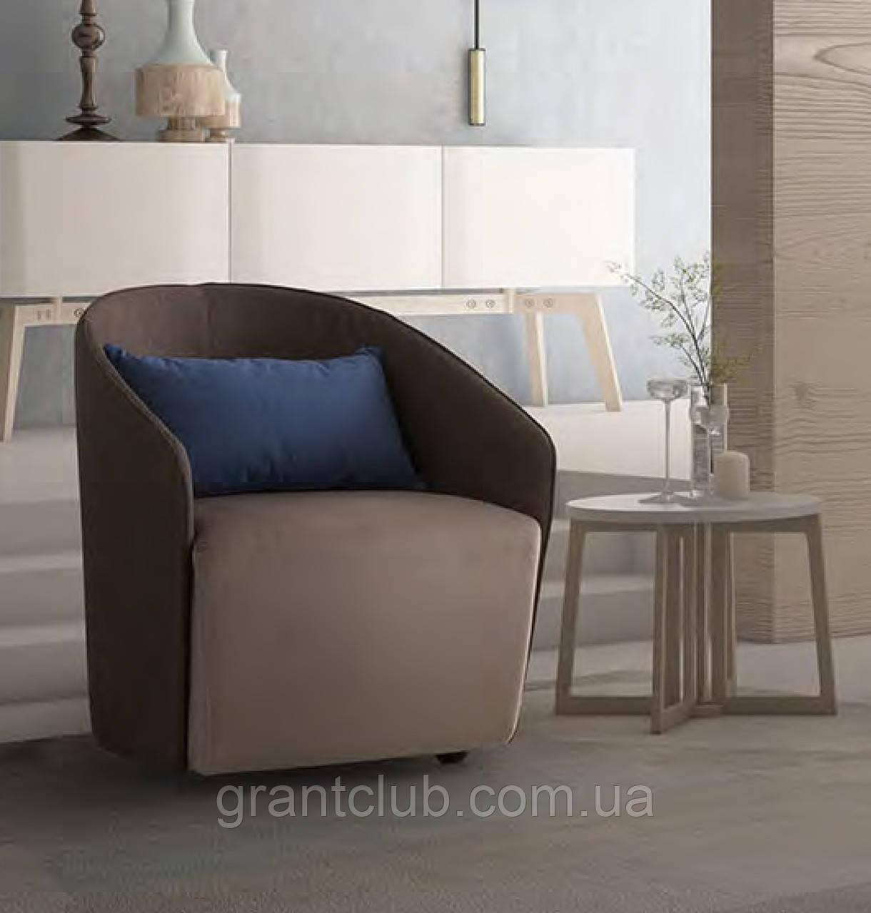 Современное кресло VIKY, фабрика LeComfort (Италия)