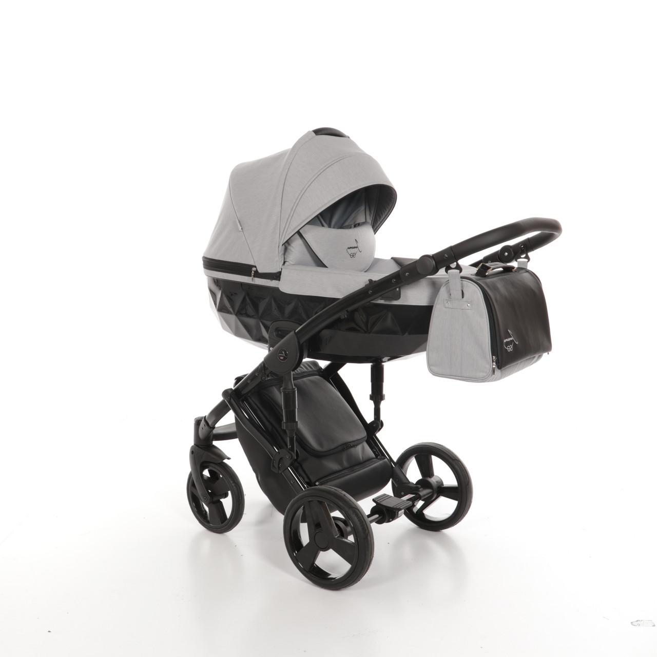 Детская универсальная коляска 2 в 1 Junama Diamond 07