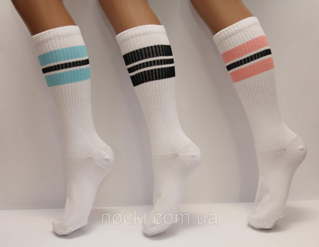 Высокие спортивные женские носки