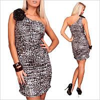 Платье с леопардовым принтом и ассиметричным верхом