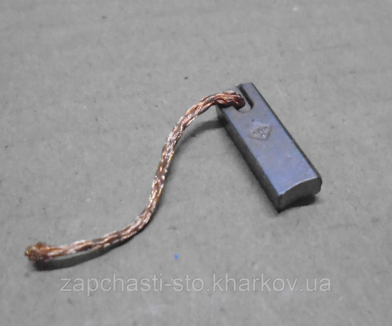 Уголек, щетки генератора, регулятора на иномарки 4Х6Х19 (ЭМИ) 1шт