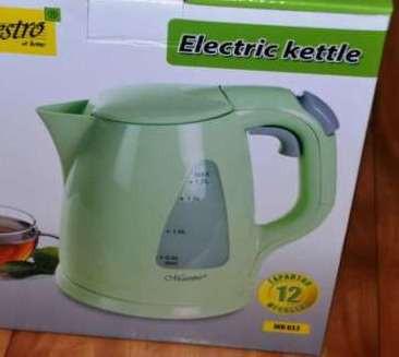 Электрический чайник салатовый