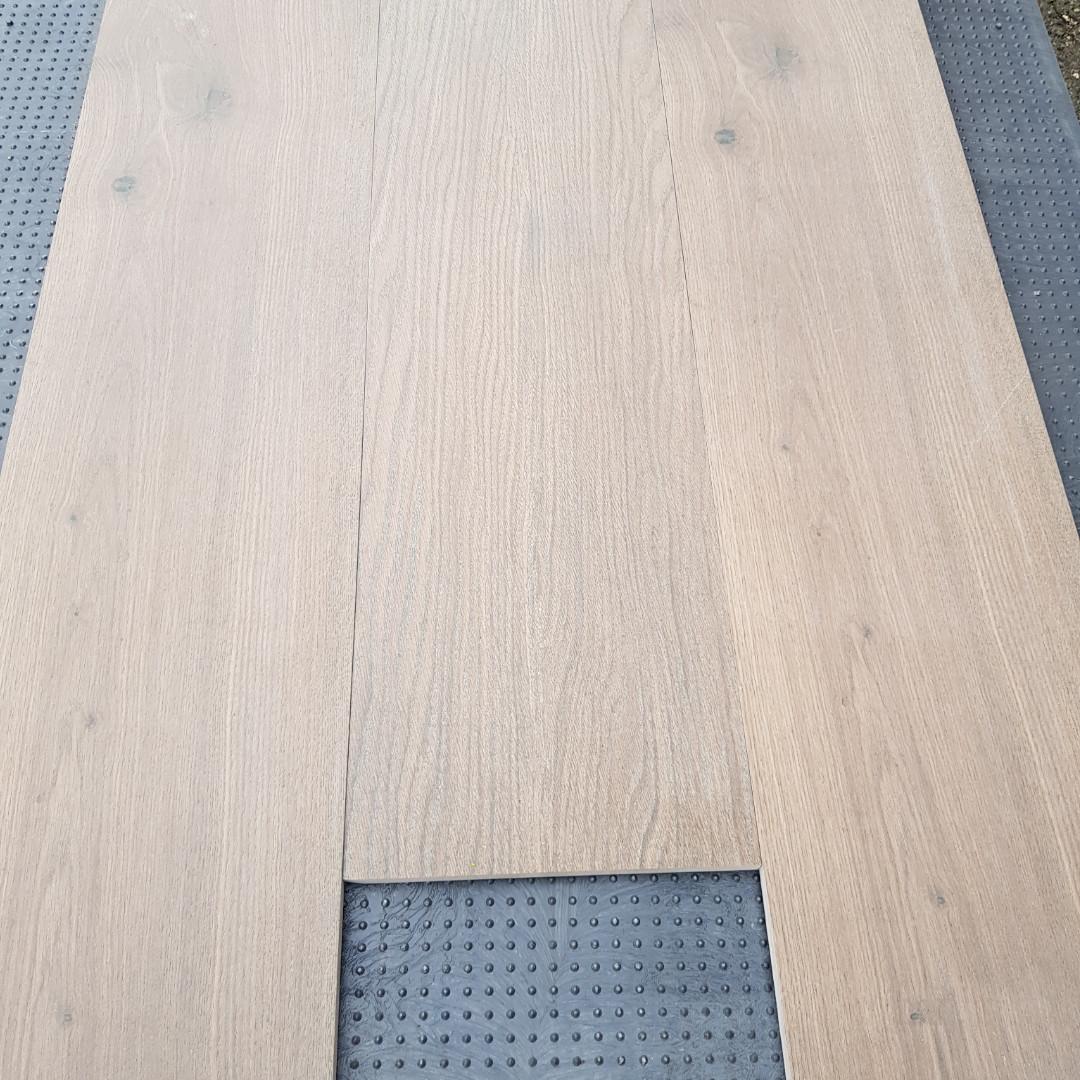 Плитка Ixora коричневый 1198х198