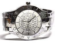 Часы на браслете 405010