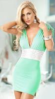 Очаровательное платье фисташкового цвета