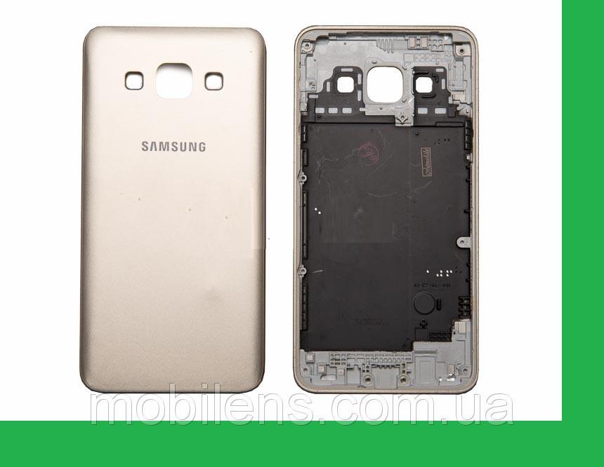 Samsung A300, A300F,A300FU, Galaxy A3 Задняя крышка золотистая