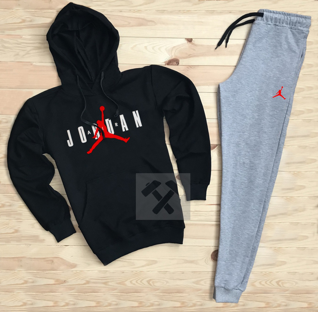 Костюм спортивный Nike Jordan черно-серый топ реплика