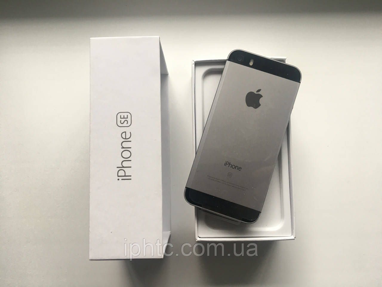 Apple iPhone SE 16GB Grey 4G /Новый / NeverLock, фото 1
