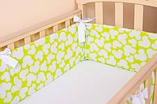 """Комплект: Бортики в детскую кроватку + простынь на резинке """"Яркий Микки"""", фото 2"""