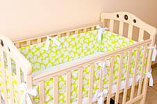 """Комплект: Бортики в детскую кроватку + простынь на резинке """"Яркий Микки"""", фото 3"""