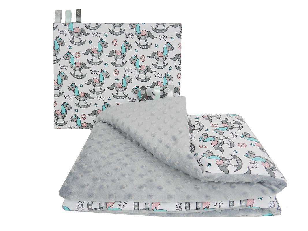 """Постельное белье в детскую колыбель, три предмета (одеяло, подушка, простынь) """"Лошадки"""" на сером плюше"""