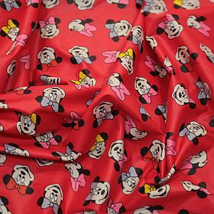 Плащевая ткань лаке принт Микки маус на красном