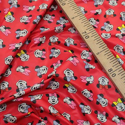 Плащевая ткань лаке принт микки на красном, фото 2