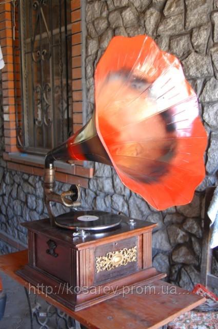 Чем отличается граммофон и патефон
